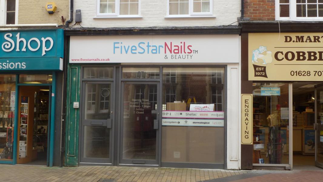 Fine Five Star Nails Crest - Nail Art Ideas - morihati.com